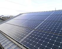 農機具庫の屋根に太陽光発電を設置